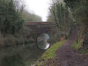 Grand-Union-Canal,-Tring