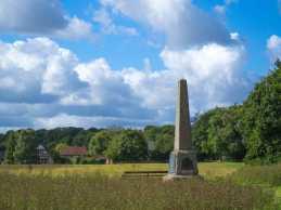 Penn-Steet,-War-Memorial