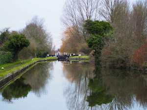 Peace,-Grand-Union-Canal