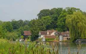 The Thames near Cleeve, Streatley